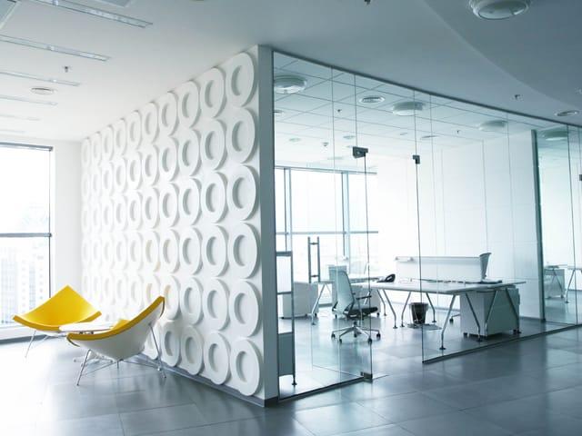 رنگ سفید در طراحی داخلی دفتر کار | شرکت معماری داخلی تهران دیزاین سنتر