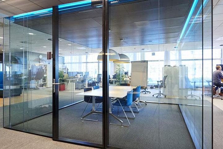 استاندارد های لازم برای اتاق جلسات | شرکت معماری و دکوراسیون داخلی تهران دیزاین سنتر